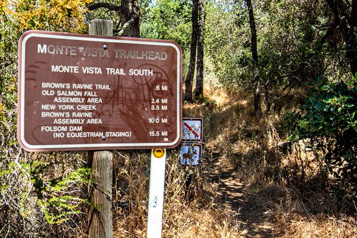 Falcon Crest Walking Trail - Folsom Lake